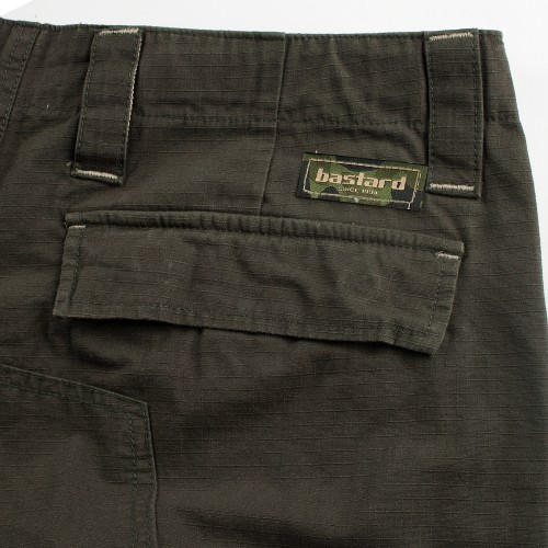 bastard Cargo pants - back pocket detail
